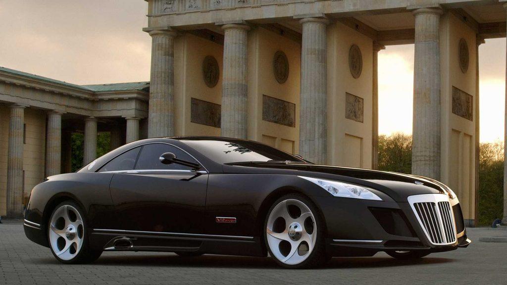 dünyanın en pahalı arabalarının fotoğrafları